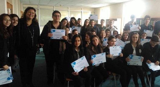 UBS Türkiye, Darüşşafaka Eğitim Kurumları'nda 'Bütçesini Bilen Gençler' Lise Eğitimlerini tamamladı